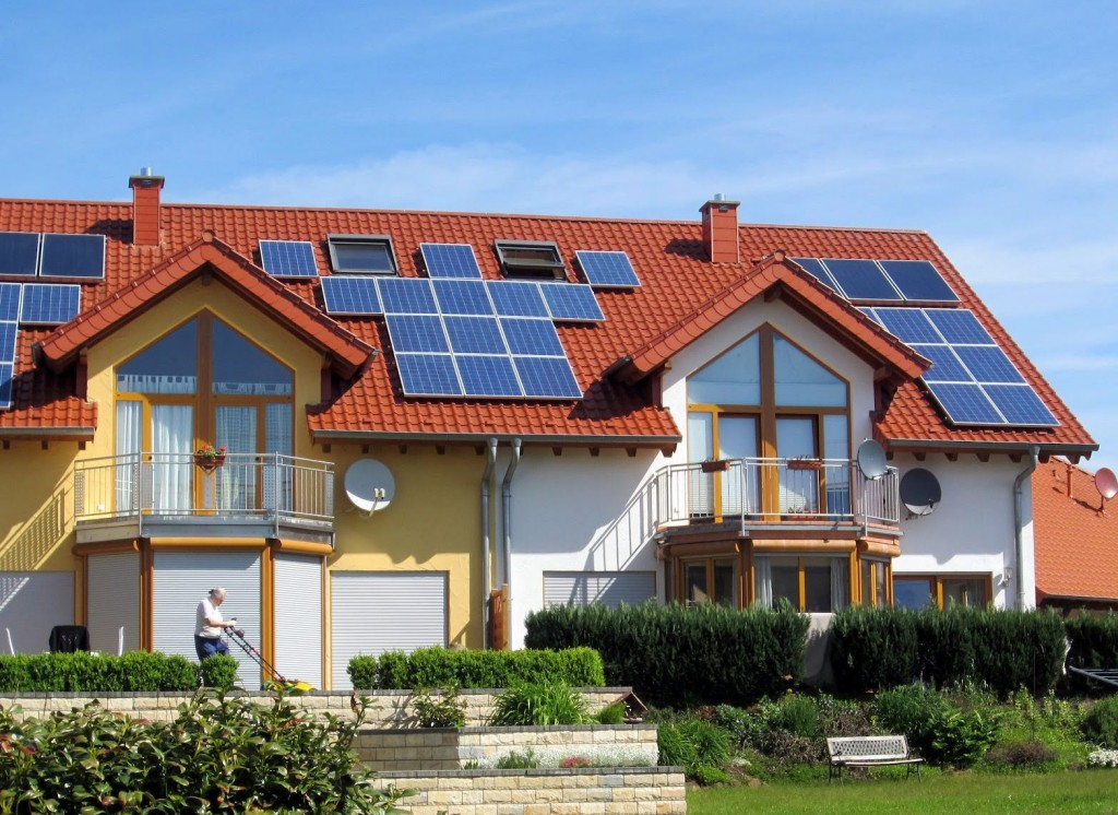Solar-Panels-for-your-House-Ray_Trade