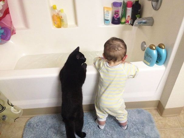kids-with-cats-9-605