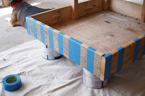 Shipping-Pallet-Dog-Bed-15