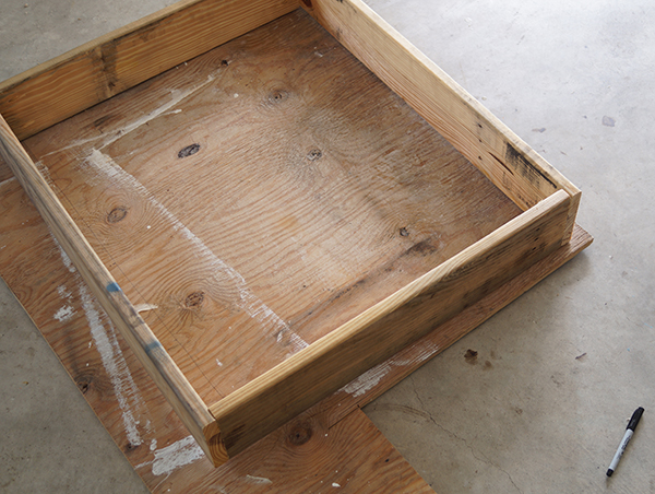 Shipping-Pallet-Dog-Bed-6